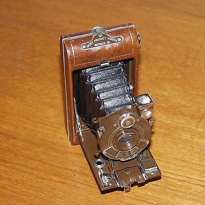 VANITY KODAK BROWN Vest Pocket Series III folding 127 film vintage camera USA