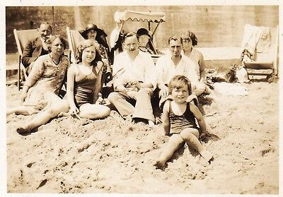 Vintage Old Photo Men Ladies Teenage Girl Boy Swimwear Beach Broadstairs 1920's