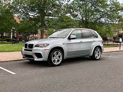 2010 BMW X5 Base AWD 4dr SUV 2010 BMW X5M *FullyLoaded*LikeNEW*78KMiles*2Owners*AllServiceRecords*X5 M