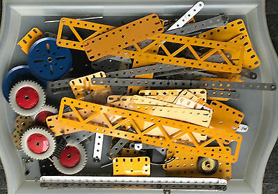 Selection Of Vintage Meccano