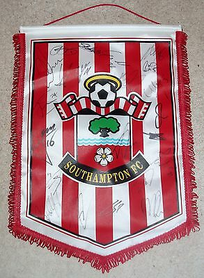 Southampton Football Club - Original Signed Club Pennant - 22 Signatures