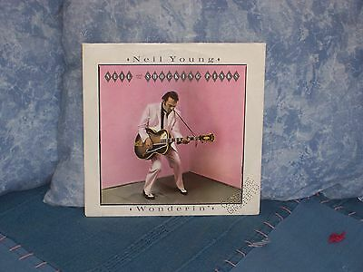"""Neil Young - Wonderin' - 7"""" Nm 1983"""