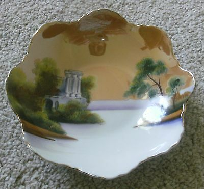 NORITAKE SMALL CIRCULAR LUSTRE BOWL TREES AND BUILDINGsome