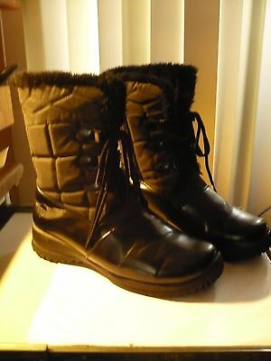 Totes Weather Protectors- New- Side Zip Waterproof Black Boots Women's 9