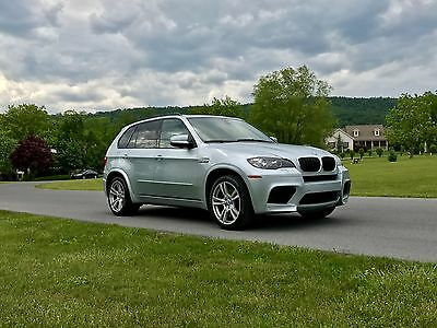 2010 BMW X5 2Owners*FullyLoaded*555hp*AWD* X5 M * 2010 BMW X5M *FullyLoaded*LikeNEW*78KMiles*2Owners*AllServiceRecords*X5 M *1of3*