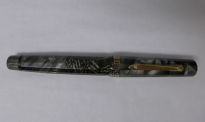 A8 VINTAGE Wahl Eversharp Doric II  Fountain Pen