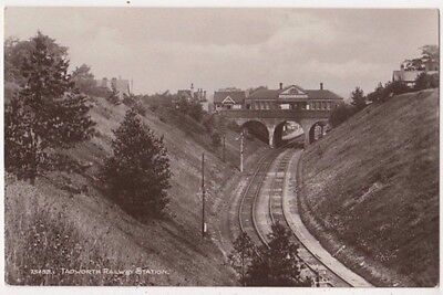 Tadworth Railway Station, Surrey RP Postcard B746