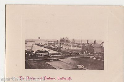 Lowestoft, The Bridge and Harbour IXL Postcard, B483