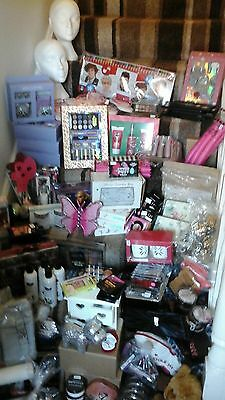Business for sale Wholesale Large selection of clearance cosmetic gift Jewellery