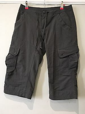 Ladies Grey Fab  North Face Cargo Capri  Walking Trousers Size 6/8