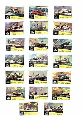 Set of 40+1 Old Holland Coop Lucifers 1962 matchbox labels depicting Ships.