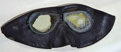 Early Leather Motoring Helmet Mask Or Ww1 Rfc Flying Goggles