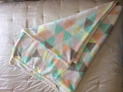 Very Pretty And Very Soft Pastel Geometric Throw