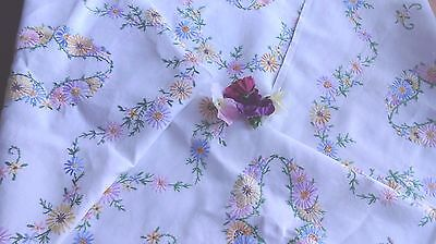 FABULOUS HAND EMBROIDERED TABLECLOTH LARGE FLORALS beautiful embroidery