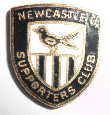 Old  Newcastle  United  Football  Supporters  Club  Enamel  Badge