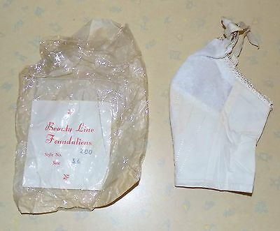 AUTHENTIC VINTAGE 1970's UNWORN LADIES WHITE BEAUTY LINE FOUNDATIONS BRA SIZE 34
