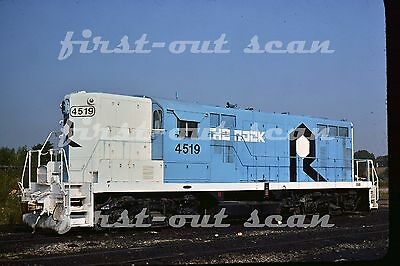 C Original Slide - Rock Island RI 4519 EMD GP-7 at Blue Island IL Sept 1976