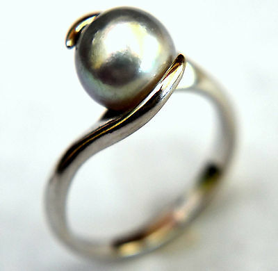 10K Solid White Gold and Silver/Rainbow Pearl Ring Size 6 1/4
