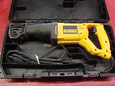 DeWalt DWE304P Corded Reciprocating Saw w/ Case