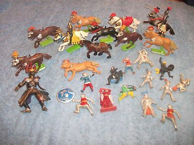 26 Vintage Horses Knights, Soldiers. Britains Ltd. 1971. Made In England / China