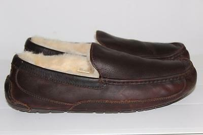 UGG Australia Mens sz.11 Ascot 5379  Leather Moccasin Slippers Shoes EXCELLENT!