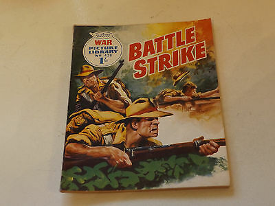 WAR PICTURE LIBRARY NO 428!,dated 1968!,GOOD for age,great 49!YEAR OLD issue.