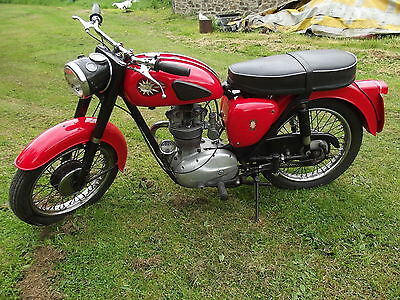 Bsa C15 250Cc 1966 Motorcycle Taxed And Tested..