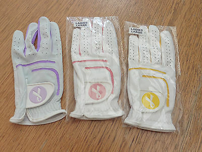 Set of 3 ladies Golf gloves. Size Large.