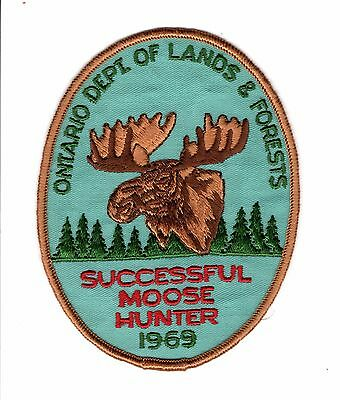 1969 Ontario Mnr Moose Hunter Patch-Michigan Dnr Deer-Bear-Crest-Badge-Elk-Fish