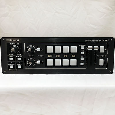 Roland V-1HD Portable Compact HD Video Switcher V1HD HDMI Input & Effects MINT