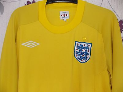 Umbro  England Goalkeeper Shirt  2010-11 size on tag uk 40  approx 40 chest