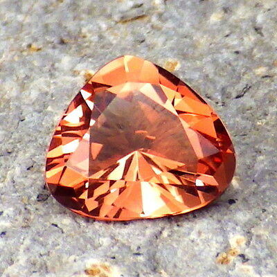 PADPARADSCHA OREGON SUNSTONE 1.29Ct FLAWLESS-FROM PANA MINE-FOR TOP JEWELRY!