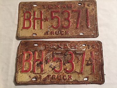 Vintage 1974 Pair Texas Truck License Plates Rat Rod Mancave Rustic BH 5371