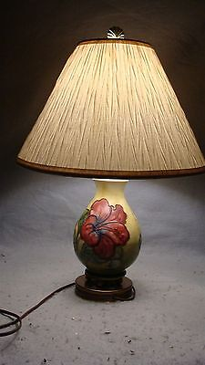 Antique Signed Moorcroft Art Pottery Hibiscus Table Lamp & Shade