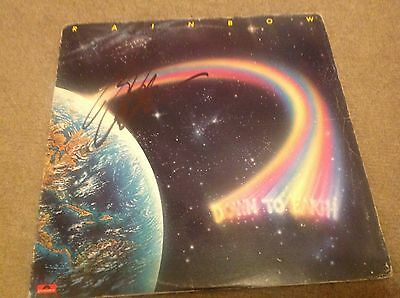 Rainbow    - Richie Blackmore -  Earth  - Signed Album  Lp  - Authentic   Uacc