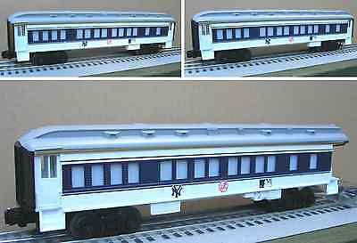 Lionel 7-12000 New York Yankees 3 Car Passenger Set Train O Gauge Baseball Mlb