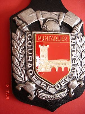 Rare Et Ancien  (Obsolete) Insigne Collection Pompiers  -  Pontarlier