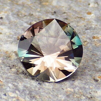 PEACOCK BLUE GREEN-PINK OREGON SUNSTONE 1.34Ct FLAWLESS-EXTREMELY RARE COLOR!!