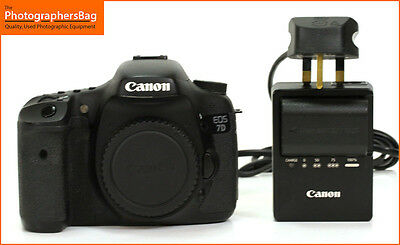 Canon EOS 7D Digital SLR Camera Body,Battery Charger   Free UK Post