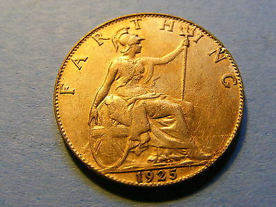 1925 George V Farthing Coin  - Much Lustre