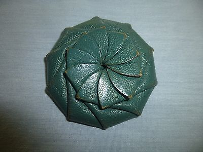Vintage Green Leather Spiral Pinwheel Coin Purse Squeeze to Open