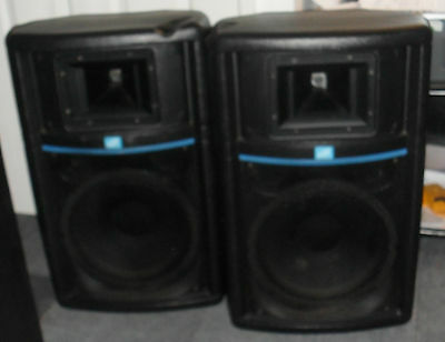 """2 x DB Technologies EXE 3 PRO Active Powered Speakers PA System 12"""" Horn Great"""