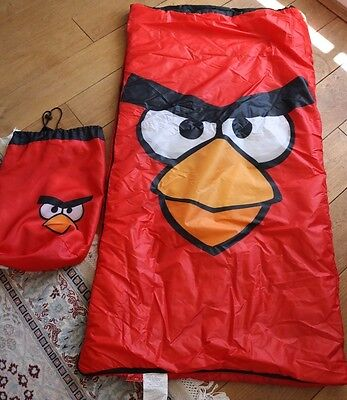ANGRY BIRDS sleeping bag and storage for children