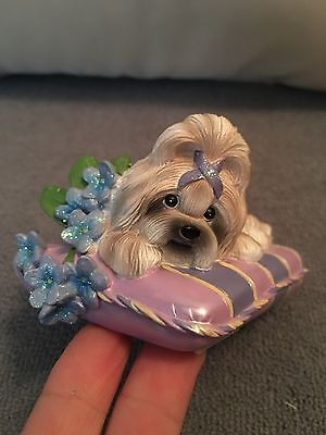 Shih Tzu from Hamilton Pretty in Purple Collection Love Never Forgets