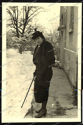 Foto-Winterlingen-Albstadt-Frau-Hut-Schnee-Winter-1941-44