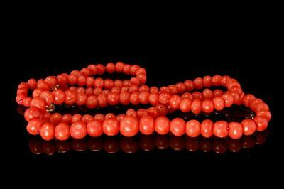 Antique Chinese Red Coral Graduated Beads 14K Gold Necklace D50-03