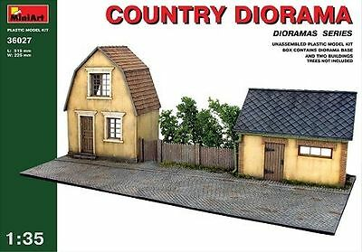 MiniArt Country/TERRAIN DIORAMA Town House Shed 1:3 5 Kit Set 36027