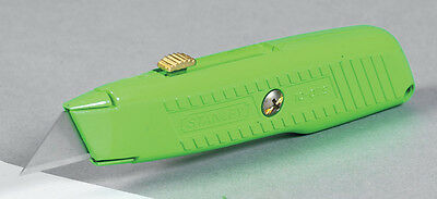 Stanley  High Visibility  Retractable Blade 5-7/8 in. L Utility Knife  Green