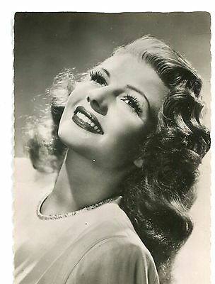 CPSM Rita Hayworth photo Columbia RPPC Collection Kores 21E 311