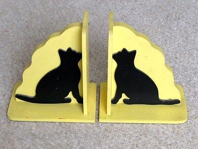Pair Very Well Made Wooden Cat Bookends